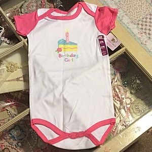 Luvable Friends  Other - Birthday girl onesie NWT 👶👶