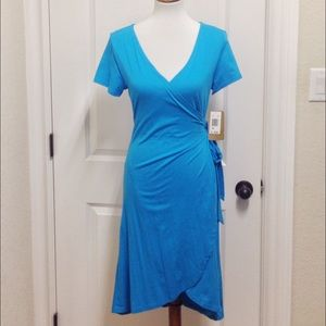 Threads 4 Thought Dresses & Skirts - Turquoise short sleeve wrap dress size NWT size M