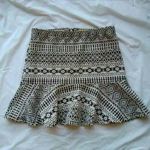 Vera Wang Dresses & Skirts - Vera Wang Graphic Print Peplum Skirt