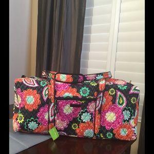 Vera Bradley Handbags - NWT 💐HP💐VERA BRADLEY XL LARGE DUFFEL