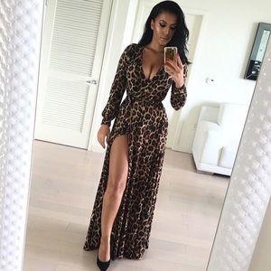 🎉 Host Pick! 🎉 NEW! Maxi Leopard Print Dress