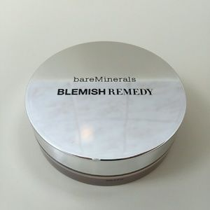 bareMinerals Other - BareMinerals Blemish Remedy