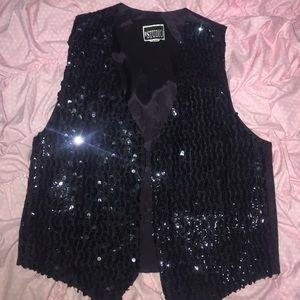 Studio Jackets & Blazers - 😊Glitzy blk sequin vest - never worn !!👯