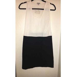 Tobi black and white shift dress