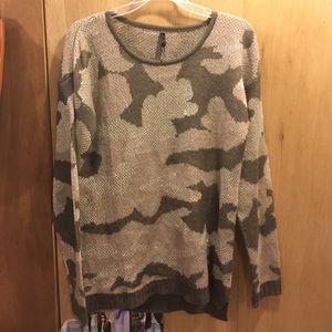 Elan Sweaters - New without tags Elan camo sweater