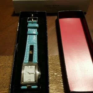 🎁🆕️ Avon Turquoise Casual Watch