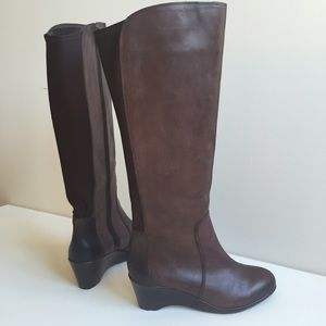 "Brand New Boots - 2"" Wedge Heel - leather upper m"