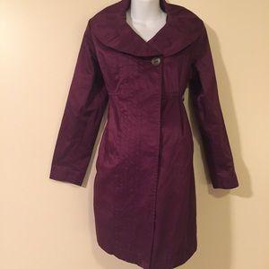 Liz Lange Jackets & Coats - Long maternity light trench coat medium