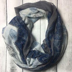 Dorimas Closet  Accessories - 🆕Beautiful gray and blue scarf 💙