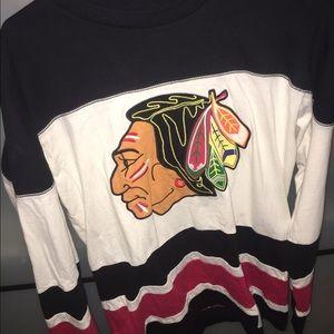 Mitchell & Ness Other - Blackhawks sweat shirt