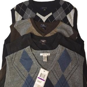 Other - Mens XXL 2XL sweater vest lot of 4