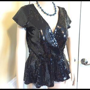 JS Boutique Tops - 🔥HP!🔥✨Cute Black Sequin Peplum Party Top!✨