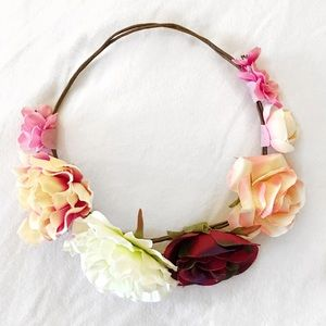 Forever 21 Accessories - 🌺🌸🌼 Flower Crown 🌸🌼🌺