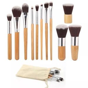 NWT PROFESSIONAL COSMETIC MAKEUP BRUSH SET
