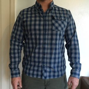 Mountain Hard Wear Other - Men's MOUNTAIN HARDWARE Plaid Button Down Shirt, M