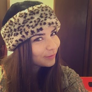 Unknown Accessories - Winter hat (black and leopard print) 0edc4716364
