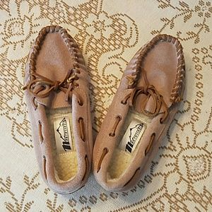 NORTHSIDE Shoes - NWOT NORTHSIDE MOCCASIN SLIPPER SHOES