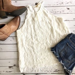 🎀Country Girl White feminine lace tank🎀