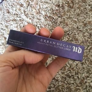 Urban Decay Other - Heavy metal glitter liner