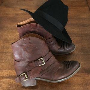 Nine West Shoes - Adorable Cowboy Booties