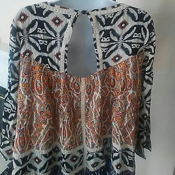 freeway Tops - Freeway Jr Boho patch print tribal blouse sz large