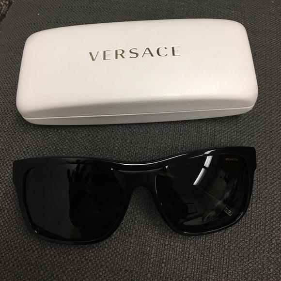 95d6d323da9 Versace polarized sunglasses with case. M 588f98dd7fab3ad13f0112fa