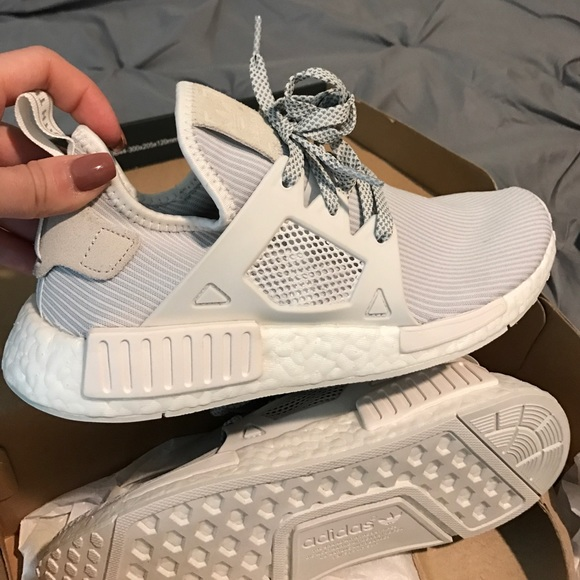 new concept d4fd5 1bbfc Adidas NMD XR1 Off white/vintage size 7 Women's