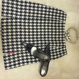 First Wave Dresses & Skirts - Black and white houndstooth skirt.