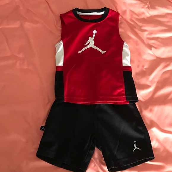 0d31c9d6f225cf Jordan Other - Boys Jordan shorts set