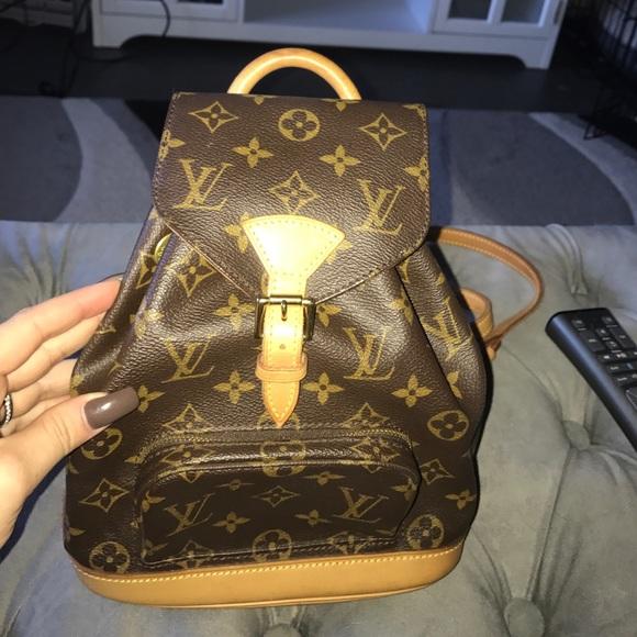 9555bcfb5f3b4 Louis Vuitton Handbags - Louis Vuitton Montsouris pm (mini backpack)
