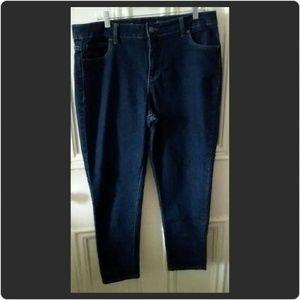 Avenue Denim - Avenue Petite Skinny Jeans