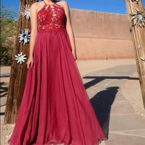 Dresses & Skirts - 💥NEED TO SELL💥 Red Backless Prom Dress