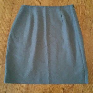 Amanda Smith Dresses & Skirts - Amanda Smith pure wool skirt size 4 - gray