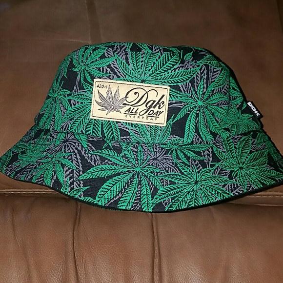 weed bucket hat ec251bd40c3