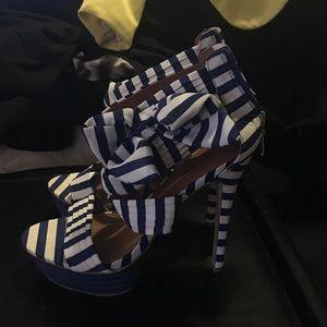 Zigi Soho Shoes - Zigisoho stripe heels 8.5