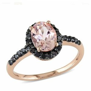 Jewelry - Sold! 14k solid rose gold Morganite ring