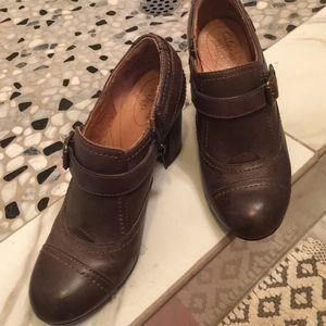 Clarks Shoes - Clarks Indigo Metal Grey & Black Booties
