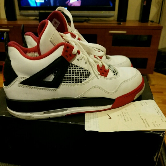 86fdcb67826236 Jordan Other - OBO Air Jordan Retro 4 (GS)