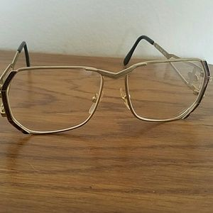 857815fa064 Accessories - Vintage frames