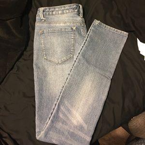 Kardashian Kollection KIM jeans