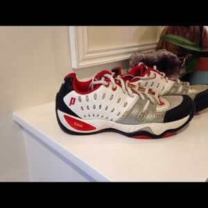 Prince Other - Men's Prince tennis shoes size 7.5