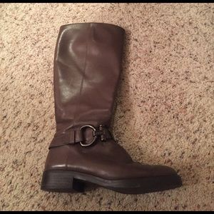 Size 7 coach riding boot,