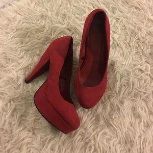Forever 21 Shoes - Forever21 Red Platform Pumps 👠
