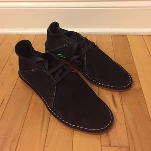 Hush Puppies Other - NEW Hush Puppies Soft Cow Suede Chukka Boots Size9