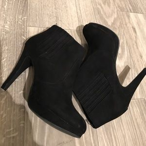 H&M Heeled Faux-suede Bootie