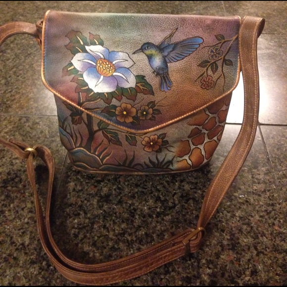 Hand painted hummingbird purse. M 588ffea6fbf6f99ad1029a00 4b1bdfaf18