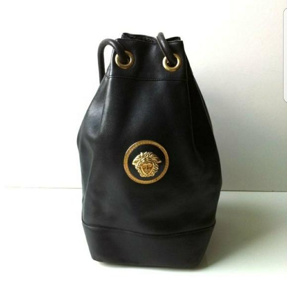 d0de037058a ... ☇GIANNI VERSACE Medusa Couture Bag. M 592a0fc6bcd4a7bff401fc42