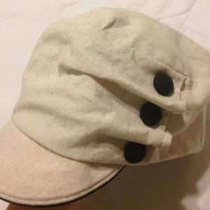 deLux Accessories - 🌃2 For $15🌃Cute linen hat NWOT
