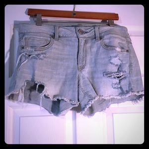 American Eagle destroyed midi shorts