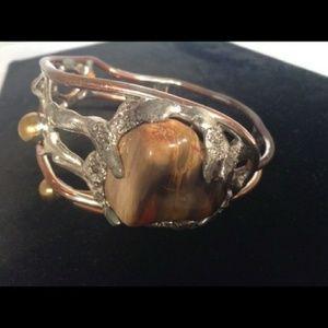Jewelry - Handmade Artisan Metal Ladies Bracelet with Agate